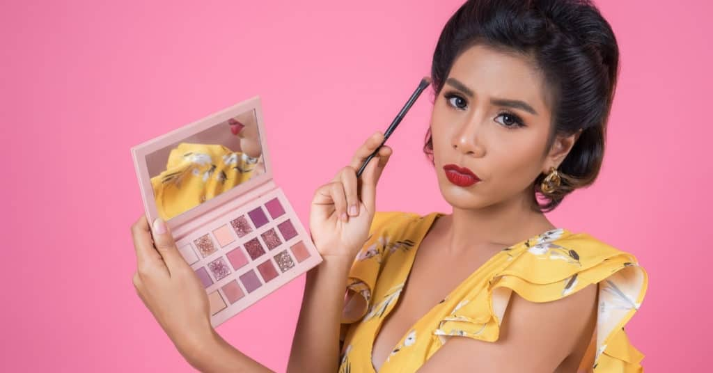Beauty questions for social media